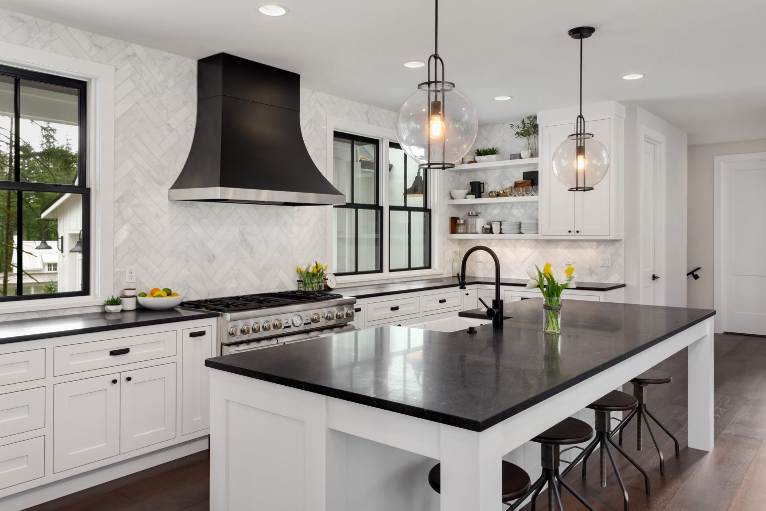 Beautiful,Kitchen,In,New,Luxury,Home.,Features,Black,Counters,And
